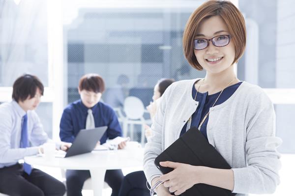 女性管理職の会社で
